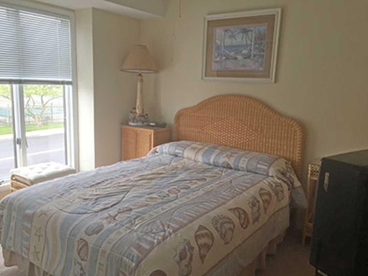 804-bedroom-a