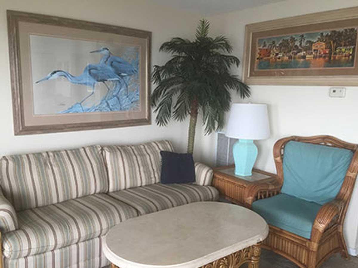 804-livingroom-2